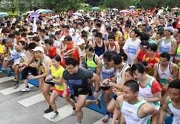 中國馬拉松熱潮的背後③ 馬兒呀,你慢些跑