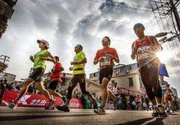 國社@體育 中國馬拉松熱潮的背後是什麼,這四篇文章説明白了