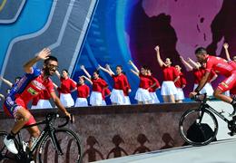 國社@體育|環湖賽見證青海本土車隊從高原走向世界