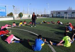 貧瘠大山裏的足球童話:足球,給這裏的孩子展示了人生的另一種可能