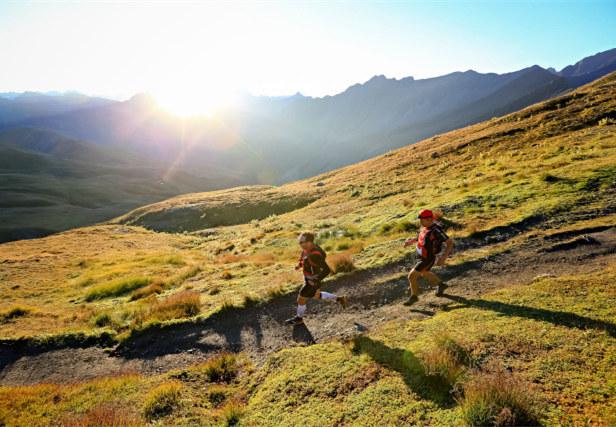 青海:高原越野挑戰賽,在自由奔跑中感悟生命的律動