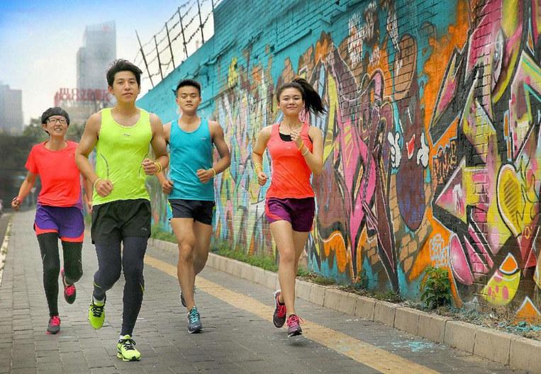 """""""健康跑步""""短視頻係列⑧ 這份賽前準備清單,助你順利跑完每一場馬拉松"""