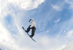 """雪上""""衝浪""""了解一下?這項集膽識與技巧于一身的冬季運動等你參加"""