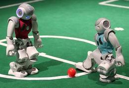 首屆全國機器人足球公開賽:小機器人蘊含大夢想