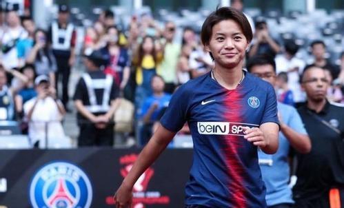 王霜入選2018年度亞洲足球小姐候選名單