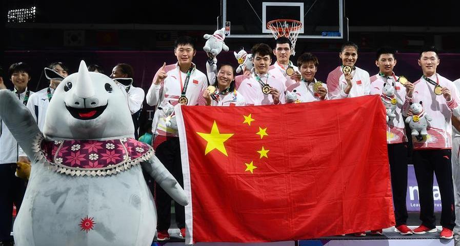 讓平凡偉大——中國籃球這一年