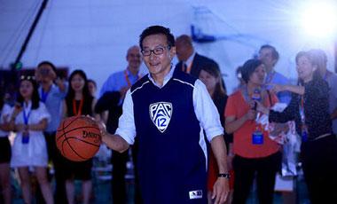 美國媒體:蔡崇信將完全收購籃網隊股份