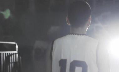 視頻|楊鳴退役:忠誠的隊長 永遠的12號