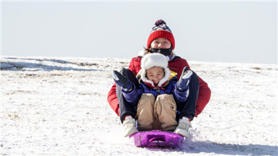 南京:雪後初晴滑雪橇