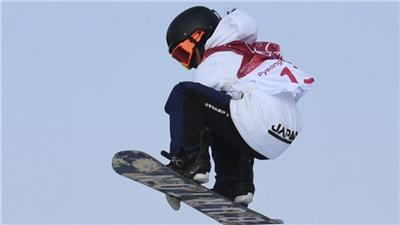 走近冬奧|單板滑雪世界杯席爾瓦普拉納站:克萊韋蘭、岩渕麗樂分獲坡面障礙技巧男、女冠軍