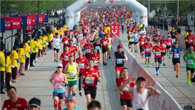 北京半程馬拉松開跑 打破男女賽會紀錄