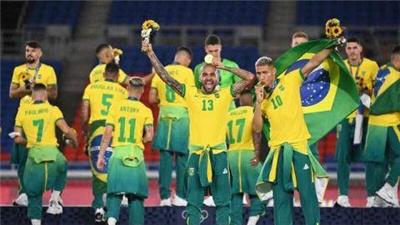 巴西男足主教練蒂特宣布10月世預賽國家隊名單