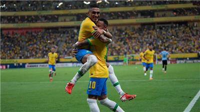 世預賽:巴西勝烏拉圭