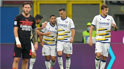 意甲:AC米蘭勝維羅納