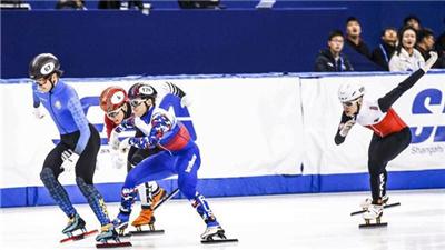 短道速滑世界杯北京站:武大靖犯規遭淘汰 中國男女隊晉級接力半決賽